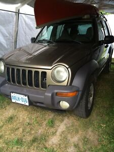 2003 Jeep Liberty 4x4 sport E-tested. $800 obo