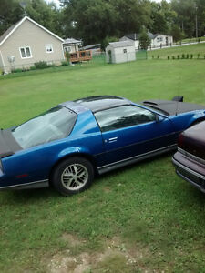 84 Pontiac Trans Am Coupe (2 door) 3500,00 obo
