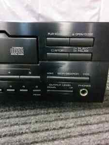 Yamaha CDC-655 compact disc player West Island Greater Montréal image 2