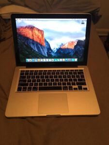 "MacBook Pro 13"" 2.4 GHz 4GB RAM 250GB Harddrive - BRAND BATTERY"