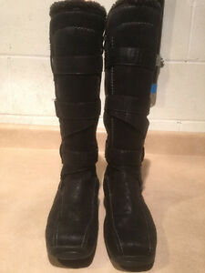 Women's Tall Leather Winter Boots Size 6.5 London Ontario image 5