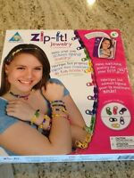 Zip it jewelry kit