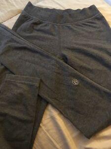 Lululemon tights size 2-4 $40