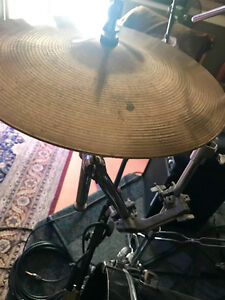 "Remote Hi-Hat Stand and High end Sabian 14"" heavy hats"