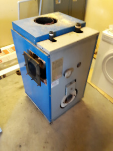 Hot water furnace
