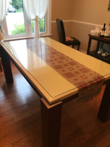 Marble dining table for 6 people