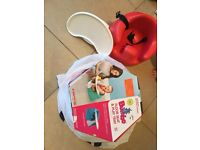 Red bumbo (with straps) and tray