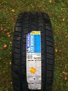 950$ Pneus Michelin Winter LTX  275/65/R18