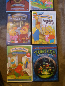 Kids movies Berenstein bears +1 ninja turtles DVDs