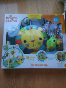 Bright Starts my lovable lion baby activity gym