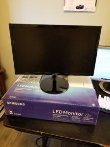 Samsung SF352 LED flatscreen monitor 21.5 inch 1920x1080 res