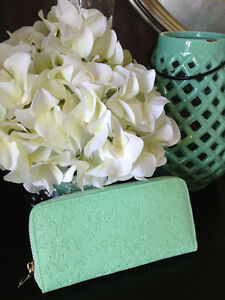 NEW fashion womens/girls light mint green clutch/wallet