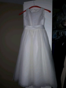 David's Bridal gown size 6 in kids
