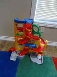 Fisher Price Rampway toy with 3 cars