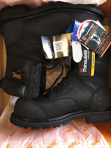 SZ 10 STC BOOTS - Top of the Line - Tags still on!