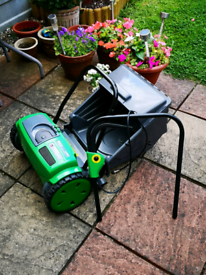 USED GTECH CORDLESS LAWN MOWER, MODEL, CMO1) VGC, spares or repair.