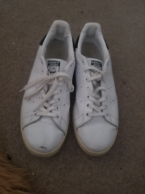 Adidas Stan Smith size 12(Battersea)