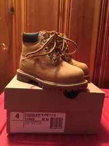 Timberland boots both size 4 Toddler boys or girls