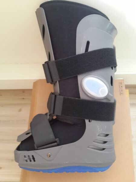 Apollo Long Walker for Injured or Distressed Leg.