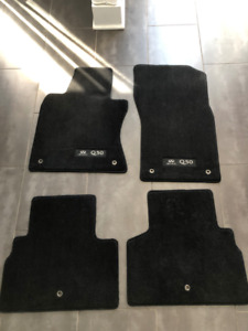 Ensemble tapis auto Infiniti Q50 2014-2019 / Carpet kit