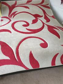Floral red pattern rug