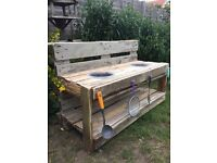 *******Childrens mud play kitchen******