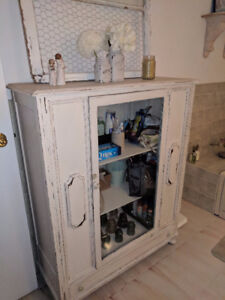Professionally painted antique hutch **price reduced**