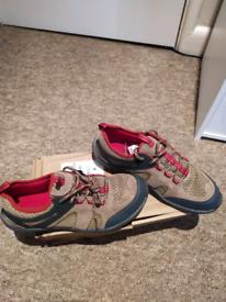Lends End Shoes