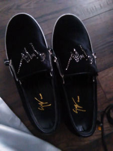 Authentic Giuseppe Zanotti Mens low cut sneakers