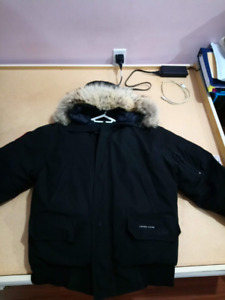 Men's Canada Goose Chilliwack Bomber (Medium)