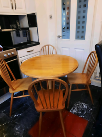 Dining table and x4 1970's chairs