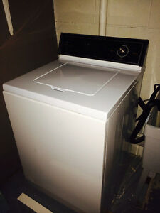 Maytag Heavy Duty extra large capacity washer