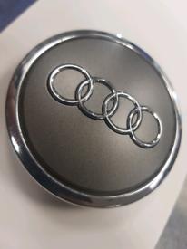Used Genuine Audi Wheel Centre Cap 4B0601170A A SET OF 4