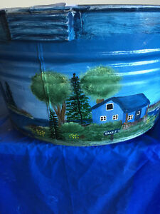 RUSTIC PAINTED WASH TUB AND PAIL