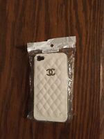 Étui neuf Chanel blanc pour iPhone 4/4S