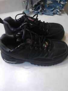 Woman's steel toe shoes/boots.
