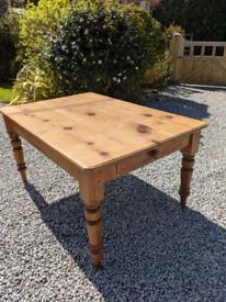 Beautiful victorian farmhouse table