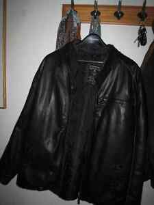 MEN'S LEATHER JACKET-PRICE REDUCED