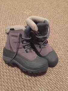 Woman's Columbia Boots