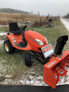 KUBOTA GR2100 DIESEL Garden Tractor with Snowblower