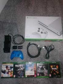 Xbox One S 1tb console bundle