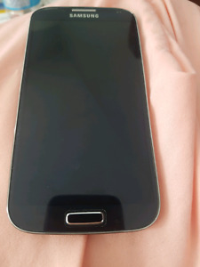 Samsung galaxy S4 in great condition Bell/Virgin