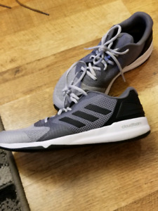Adidas sneakers (size 9)