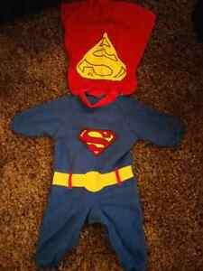 Newborn Superman costume Kitchener / Waterloo Kitchener Area image 1