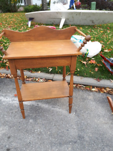 Maple Wash Stand
