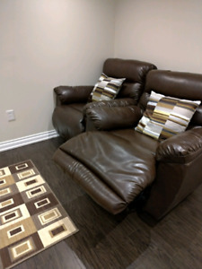 Recliners set of 2