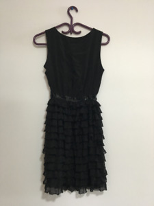BEAUTIFUL BLACK DRESS FOR SALE