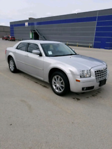 2008 Chrysler 300 AWD Touring Edition. Safetied Fully loaded OBO