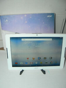 "acer 10.1"" Quad Core Tablet comes with stand New (open box)"