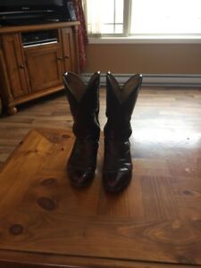 BOULET COWBOY BOOTS , SIZE, 8 1/2 ,LOTS OF LEATHER & RUBBER LEFT